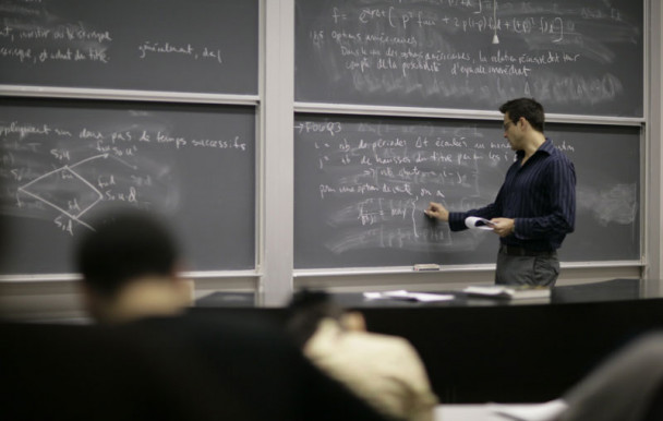 Budget Leitao : moins de bourses pour les universitaires