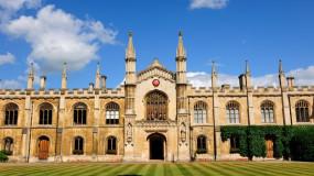 Cambridge : l'affichage public des notes contesté