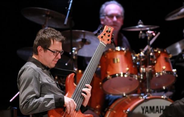 Le réputé bassiste Alain Caron se joint au corps professoral de l'UdeM