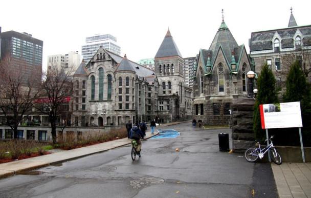 Les employés occasionnels de McGill en grève