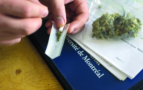 Étudiants fumeurs