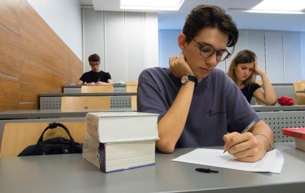Les étudiants face  au test de français