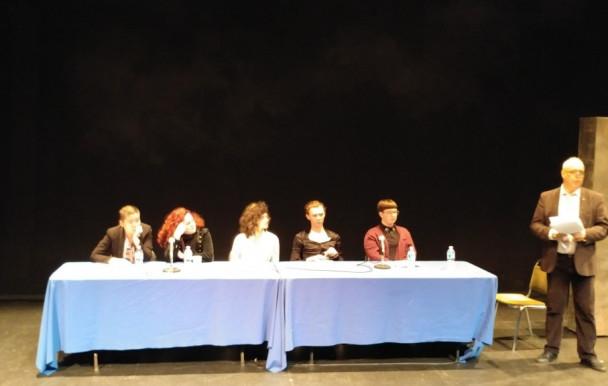 Discussions autour d'un théâtre LGBTQ