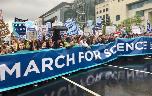 Deuxième édition de la marche pour la science à Montréal