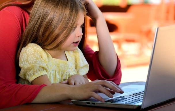 Parent, Étudiant, argent