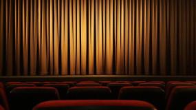 Quatre pièces de théâtre à suivre de la maison