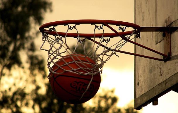 États-Unis : basketteur de 10 ans à l'université