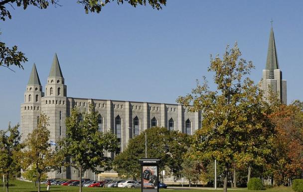 Un million en dette à l'Université Laval