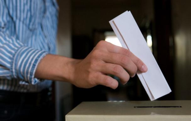 Des bureaux de vote sur le campus