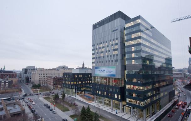Centralisation de laboratoires au CHUM