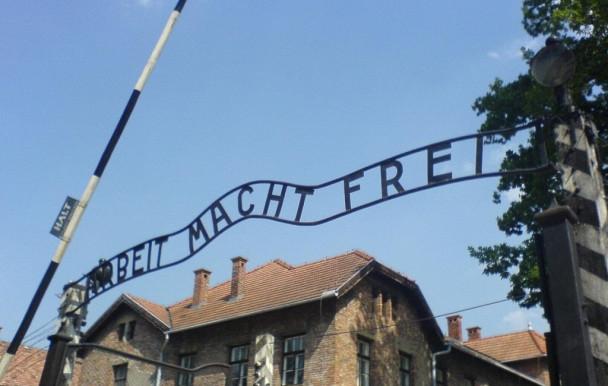 Auschwitz comme remède à l'antisémitisme