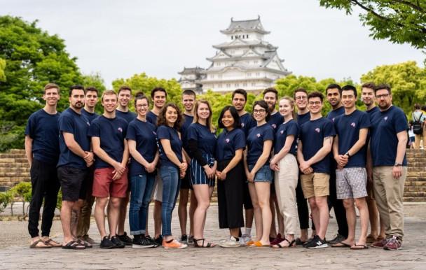 Poly-Monde : l'étude du Japon et du Canada