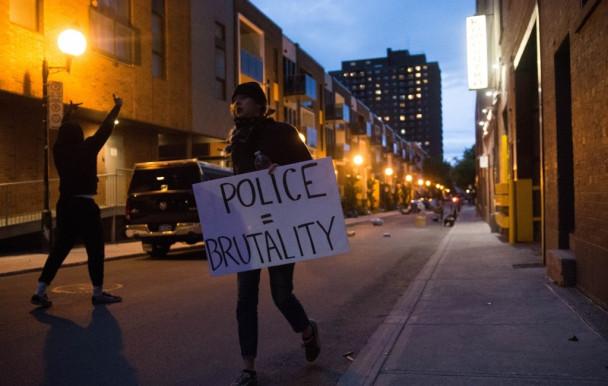 Une manifestation contre la brutalité policière samedi à Montréal