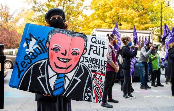 Le gouvernement du Québec interpellé pour sa gestion de l'égalité entre les femmes et les hommes