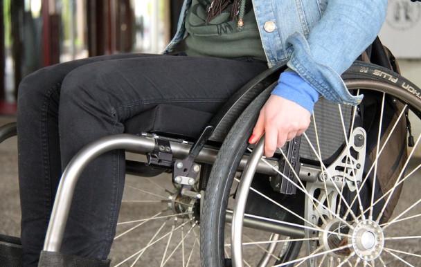 Reprise des cours en présentiel : des étudiants à mobilité réduite inquiets