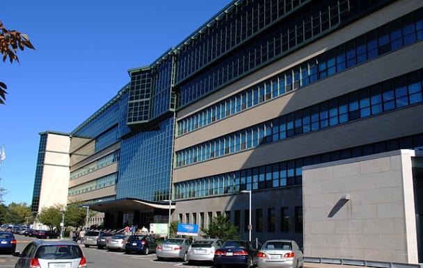 COVID-19 : Une prime pour les professeurs de Polytechnique Montréal