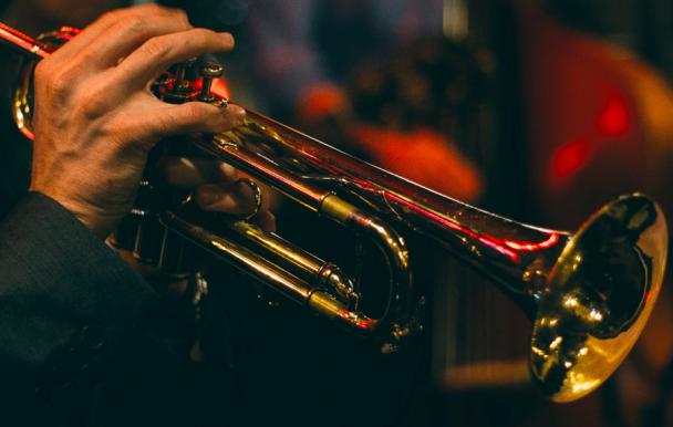 Concert en ligne : le chef d'orchestre de la réalisation