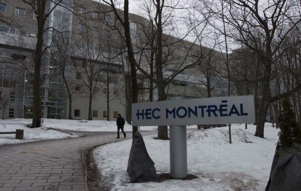La bibliothèque de HEC prête des ordinateurs portables à ses étudiants