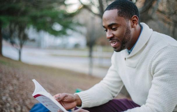 Une nouvelle bourse d'admission de 1000 $ pour les étudiants noirs en droit