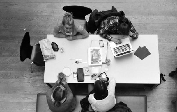 Quel lien existe-t-il entre l'implication sociale étudiante et l'anxiété ?