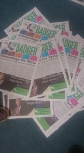 Quelques copies censurées du journal, le coin inférieur droit a été déchiré. (crédit photo : courtoisies The Badger)