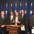 En présence du chef de la Coalition Avenir Québec (CAQ), l'UEQ et la FECQ réitèrent leur position pour que les transferts fédéraux aillent en aide financières aux étudiants (AFE). Courtoisie UEQ.