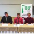 La Fédération interuniversitaire des doctorants en psychologie (FIDEP) en conférence de presse au Centre St-Pierre de Montréal le 20 octobre. / Courtoisie FIDEP