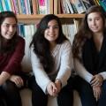 Solène Doutrelant, Khaoula Zoghlami et Véronique Meunier, membres des interCom' féministes. Crédit photo : Mathieu Gauvin.
