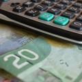 Malgré un réinvestissement à l'AFE, les étudiants ont vu leurs privilèges fiscaux amputés depuis 2012. Crédit photo : Pixabay. PDPics.
