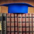 Depuis 2012, ce sont plus de 200 étudiants qui ont fait leurs études doctorales en cotutelles à l'UdeM selon les chiffres obtenus par Fred Hall. (Photo: Wikimedia Commons | A.lakrafi)