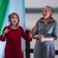 Françoise Crête et Diane-Marie Racicot forment le duo de la Marie-Conteuse. (Photo : Danick Denis)