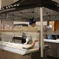 Une tente protège le bar à salade de la Grande Cuisine, alors que les travaux de réaménagements ne sont pas encore terminés. Ils devraient l'être pour la rentrée d'hiver 2018. (Photo: Laura-Maria Martinez)