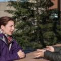 L'étudiante en science infirmières Élise Gullickson-Larouche (à gauche) et l'étudiante en droit Mathilde Romano (à droite) de l'UdeM lors de leur première réunion pour la création d'une association de sensibilisation aux agressions à caractère sexuel à l'Université. (Crédit photo : Laura-Maria Martinez)