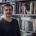 Le professeur au Département d'histoire, Carl Bouchard, a écrit un texte à la demande d'un des membres du comité de rédaction du Bulletin de la Société historique du Canada. (Photo: Benjamin Parinaud)