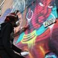 Les artistes MALICIOUZ et Made in Shaïna ont collaboré pour créer cette murale située à l'angle du boulevard des Grandes-Prairies et de la 24e avenue, à Montréal. (Photo : Courtoisie Alexa Carrénard)