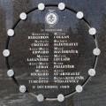 L'oeuvre servira de commémoration suivant la tuerie de Polytechnique, survenue le 6 décembre 1989, durant laquelle 14 femmes ont perdu la vie. (Photo: Wikimedia Commons | Bobanny)