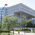 L'ensemble des faits proviennent du ministère de l'Éducation et de l'Enseignement supérieur (80,8 M$), du ministère de l'Économie, de la Science et de l'Innovation (12,7 M$), de la Fondation HEC Montréal (39,3 M$) et de HEC Montréal (50,3 M$).(Crédit photo : Wikimédia Commons I Riba)