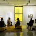 Les beaux-arts comme le Centre Phi tentent de développer le lien entre les visiteurs et les œuvres grâce à des outils connectés. Crédit Sandra Larochelle.