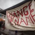 La manifestation du mercredi 31 octobre a réuni environ 200 personnes malgré la pluie. (Crédit photo : Benjamin Parinaud)