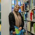 Ichrak Nour El Hak est finissante en enseignement du français langue seconde à l'UdeM. (Crédit photo : Benjamin Parinaud)