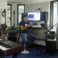 Pablo Castro dans le studio d'enregistrement de Google (crédit Romeo Mocafico)