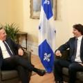 Le premier ministre du Québec, François Legault (à gauche) et le premier ministre du Canada, Justin Trudeau (à droite), en pleine discussion. (Crédit photo : flickr.com I Justin Trudeau)