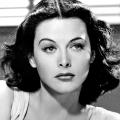 L'actrice Hedy Lamarr est l'une des femmes présentée dans cette exposition. (Crédit photo :  Wikimedia Commons I Clarence Bull)