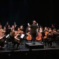 Le chef d'orchestre de l'OSÉUM est l'étudiant Émile Grou. (Crédit photo : Jean-François Leblanc)