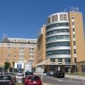 L'hôpital de Rimouski devrait accueillir une partie des étudiants de l'Université Laval. (Crédit photo : Wikimedia Commons)