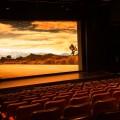 La salle de cinéma du Centre d'essai de l'UdeM. Au trimestre d'hiver 2019, le film Bohemian Rhapsody de Bryan Singer avait établi un nouveau record d'achalandage au Ciné-Campus. Crédit : Jody Grollier-Kimberley et Élina Rougeau