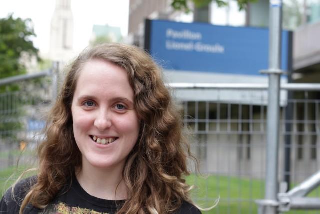 La réalisatrice étudiante Anne Lévesque a passé un an à fréquenter des jams musicaux, en compagnie de ses coréalisatrices. Crédit : Louis-Philip Pontbriand