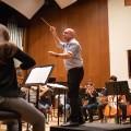 Le chef d'orchestre Jean-François Rivest promet une programmation passionnante pour l'année 2020, bien qu'il se garde d'en révéler les détails. Crédit : Jacob Côté (archives QL)