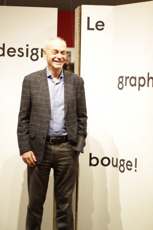 Le commissaire de l'expo, Marc H. Roko, explique que le Québec a une solide longueur d'avance sur le Canada en termes de design graphique. Photo : Louis-Philip Pontbriand.
