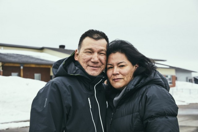 Les interprètes Mike Innu Papu McKenzie et Caroline Vachon. Photo : Maude Chauvin